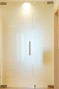 Маятниковая стеклянная дверь №3