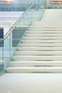Стеклянные лестницы и ограждения №14