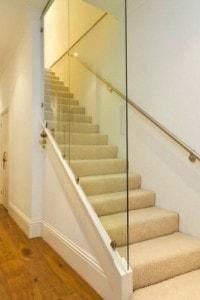 Стеклянные лестницы и ограждения №17