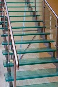 Стеклянные лестницы и ограждения №13