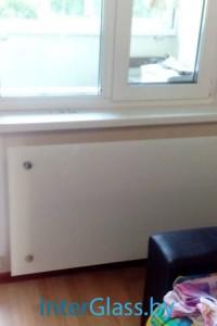 Стеклянный экран на радиатор №15