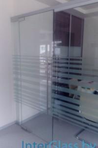 Стеклянная перегородка для офиса или магазина №2