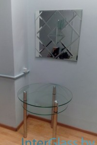 Стеклянный журнальный стол №34