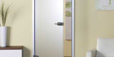 Безопасны ли стеклянные двери?