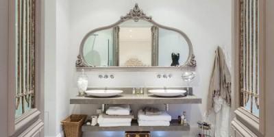 Как выбрать стильное и удобное зеркало для ванной