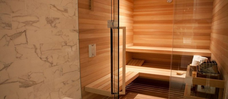 Стеклянные двери для бани и сауны